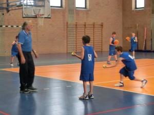 mondoni minibasket giochi con palloncini