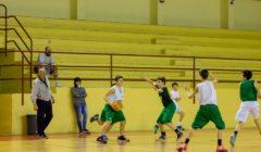 Come insegnare a giocare 2 contro 2 a minibasket