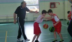 Esercizi minibasket a 10-11 anni: giochiamo in modo destrutturato